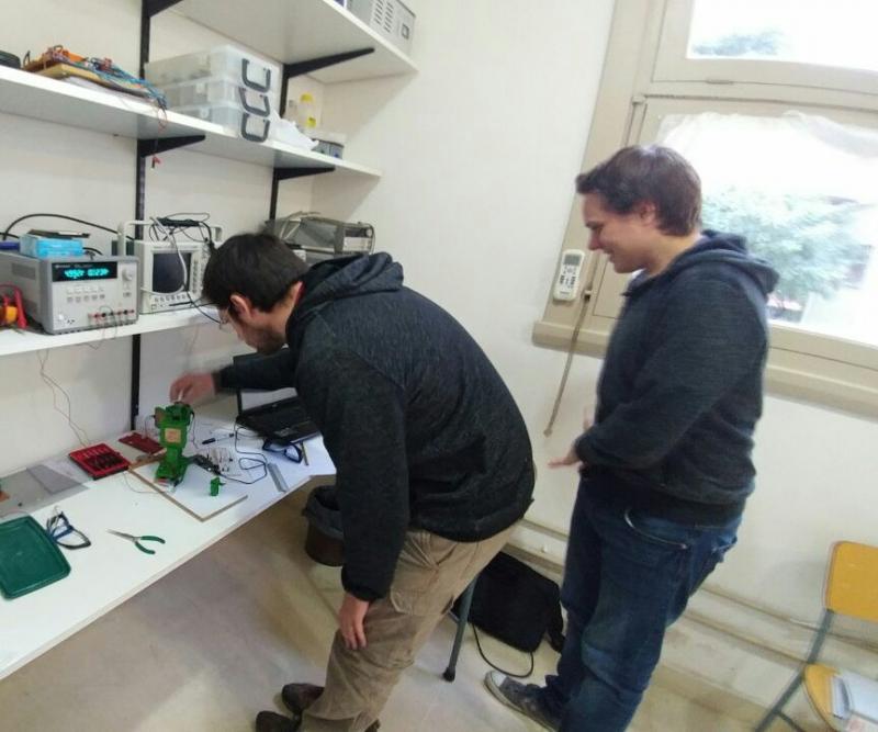 Ensayo experimental de sensor para biotecnología desarrollado en el grupo